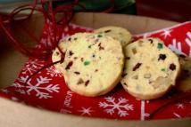 Ginger-polenta cookies