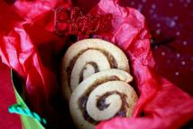 Date-orange swirl cookies