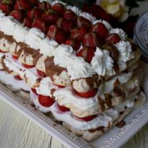 Strawberry-Chocolate Pavlova