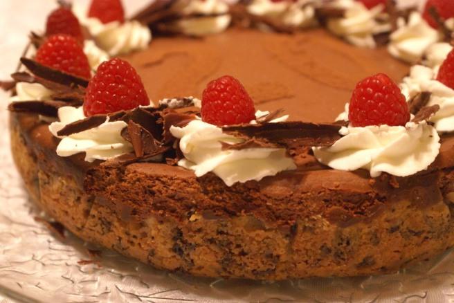 Silky Chocolate Cheese Cake with Raspberry Crust