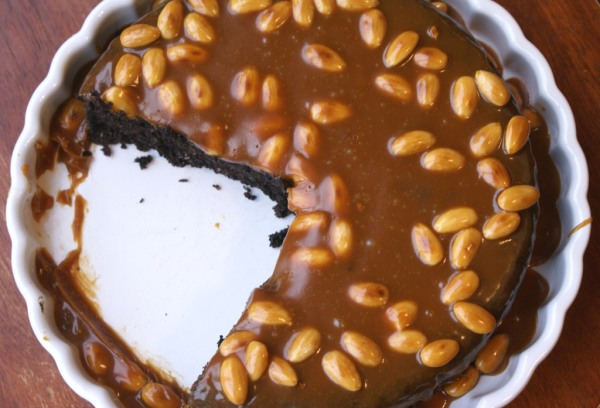 Flourless chocolate cake with caramel almond topping